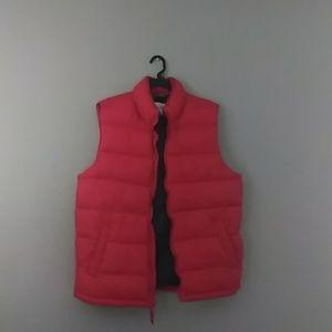 Robbie red vest